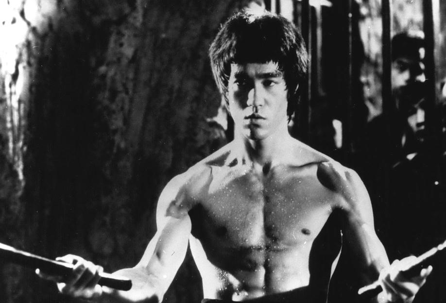 Bruce Lee in 'Enter The Dragon' Aluminium Print