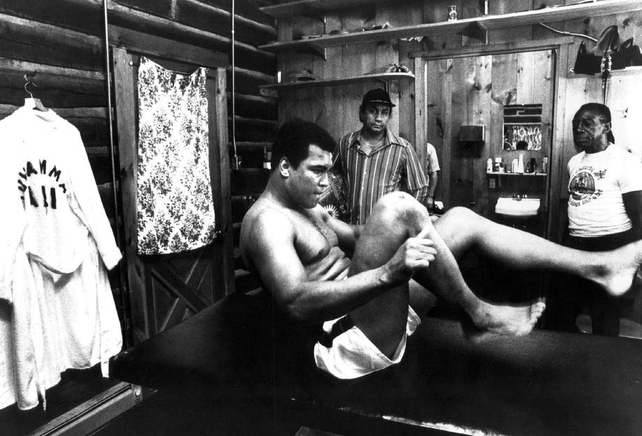 Muhammad Ali Exercising Impression sur alu-Dibond