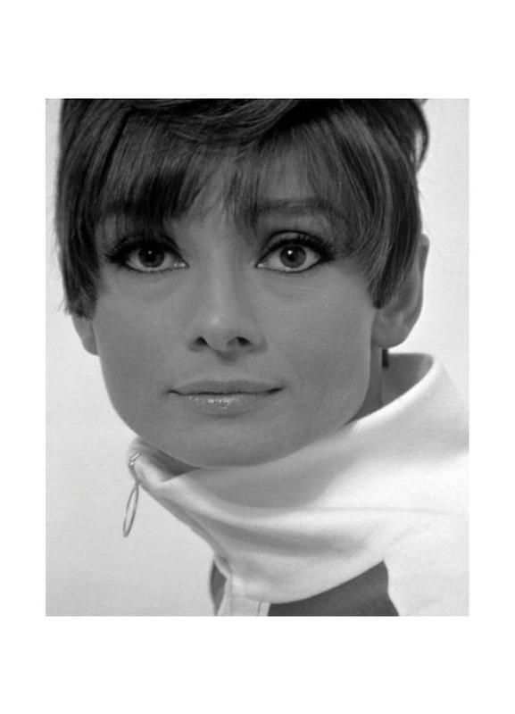 Audrey Hepburn, 1966 Canvas Print