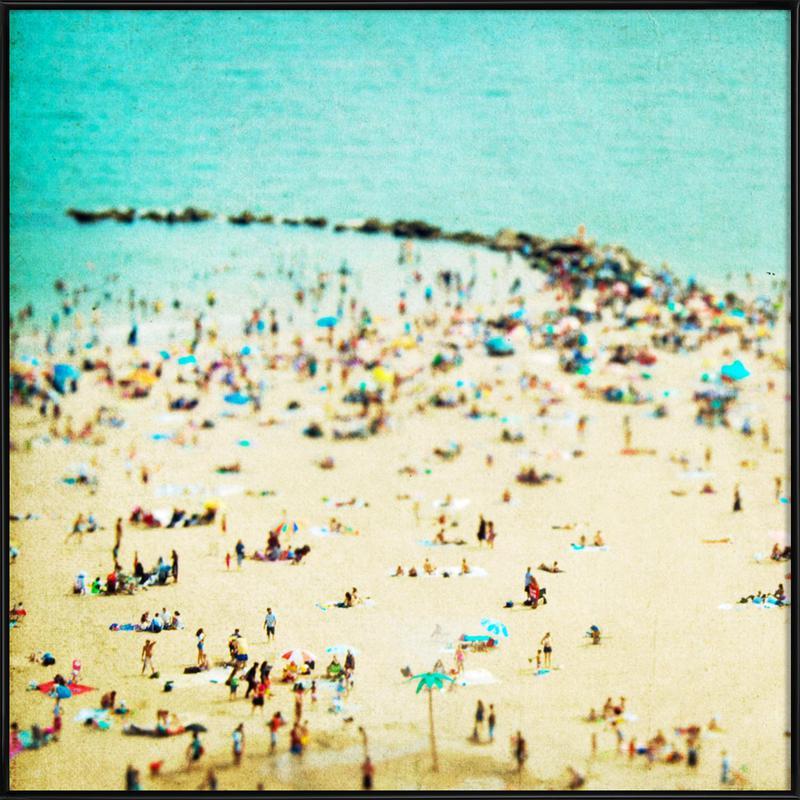 Coney Island Beach 2 -Bild mit Kunststoffrahmen