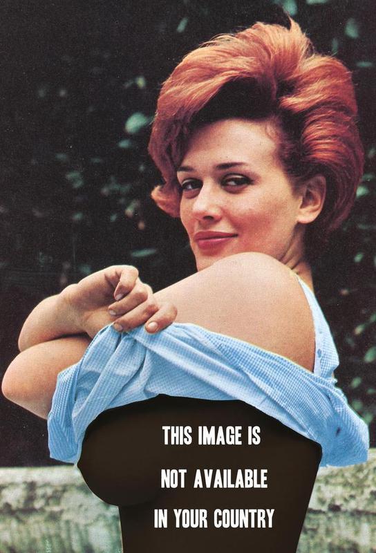 Free the Nipple -Acrylglasbild