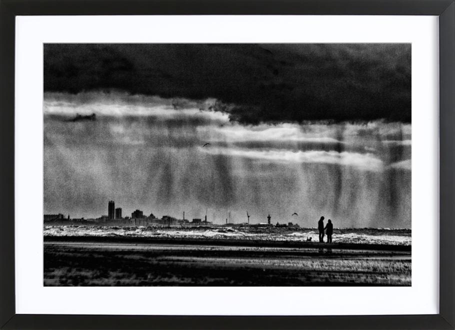 On The Beach - Susanne Stoop ingelijste print