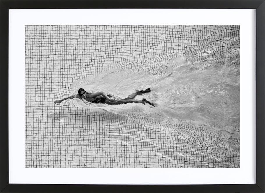 Breaking The Net - C.S. Tjandra Framed Print