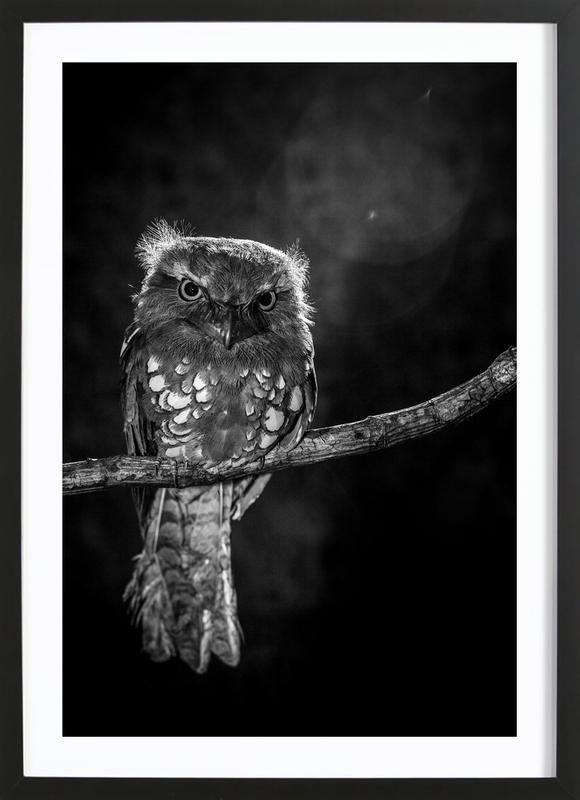 Alone In The Night - Wilianto -Bild mit Holzrahmen