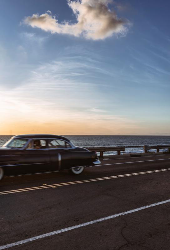 Cadillac Sunset Cruise II Aluminium Print