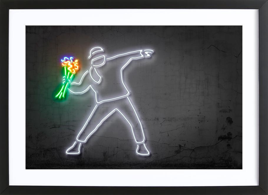 Flower Thrower affiche sous cadre en bois
