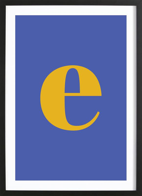 Blue Letter E affiche sous cadre en bois