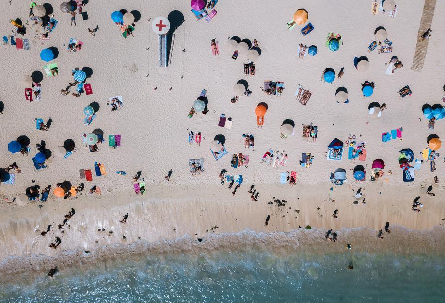 Life's a Beach by Michael Schauer -Alubild
